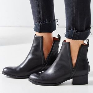 NEW✨Jeffrey Campbell Oriley Leather Bootie